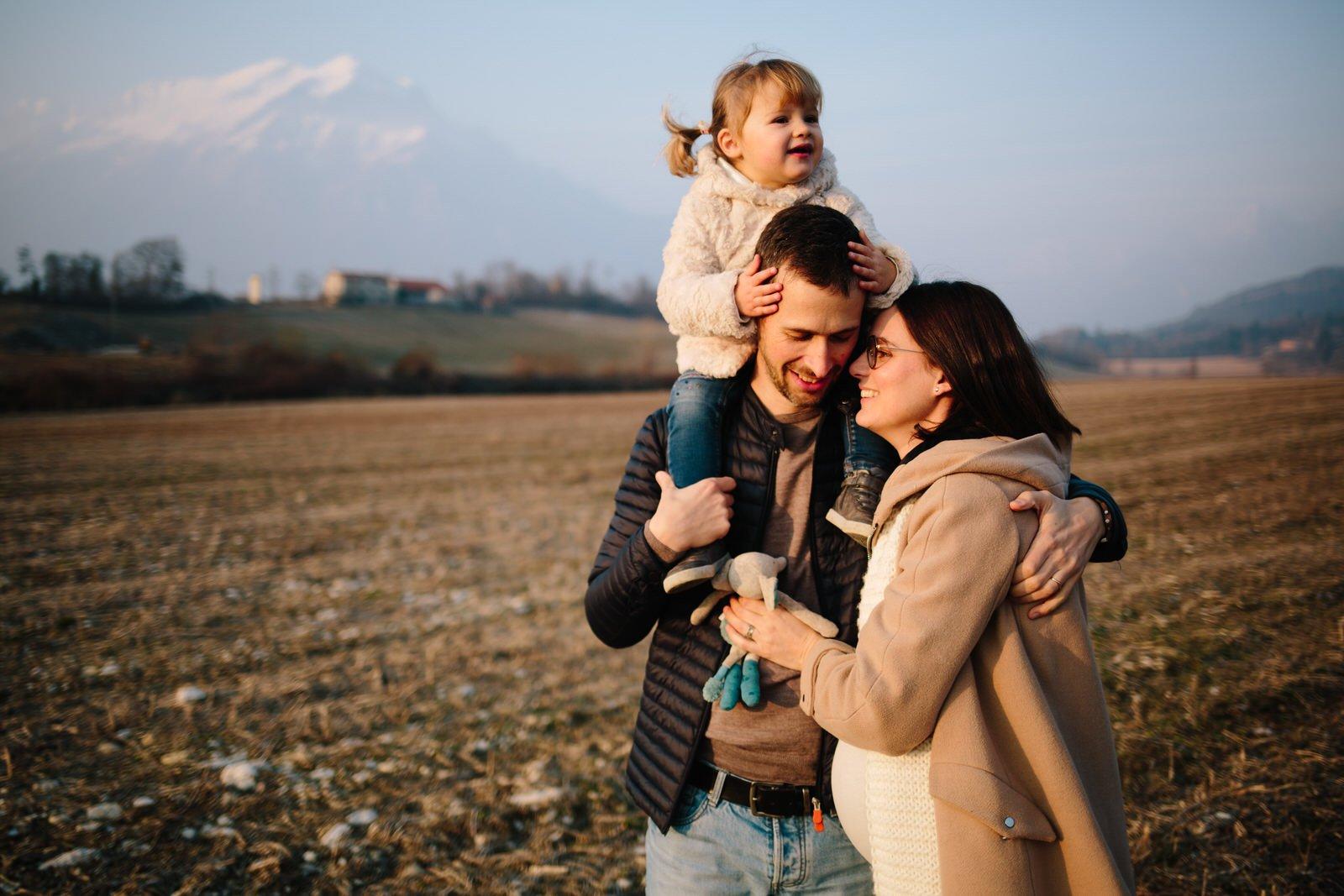 Maternity invernale nella campagna bellunese